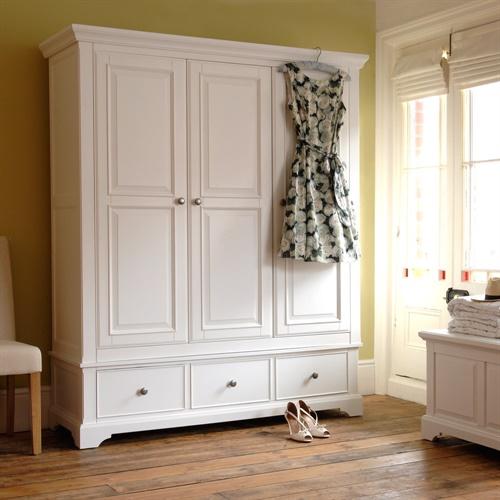 Ascot White Triple Wardrobe (J858) With Free Delivery
